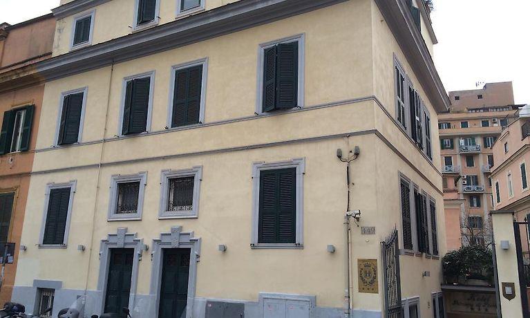 Porta Tv Piemonte.Principe Di Piemonte Hotel Rome